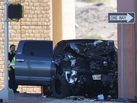 636244873791643886-Car-crash.jpg