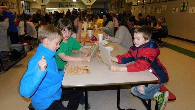"""A wonderful time was had by all recently at Yellville-Summit Elementary's first """"Spring Fling"""" Kindergarten thru sixth grade students made projects, art work, and classroom creations that were displayed for parents, grandparents, and siblings to enjoy. The night was topped off with food, cookies and bingo for books."""