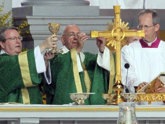 Papal Mass 15_rg