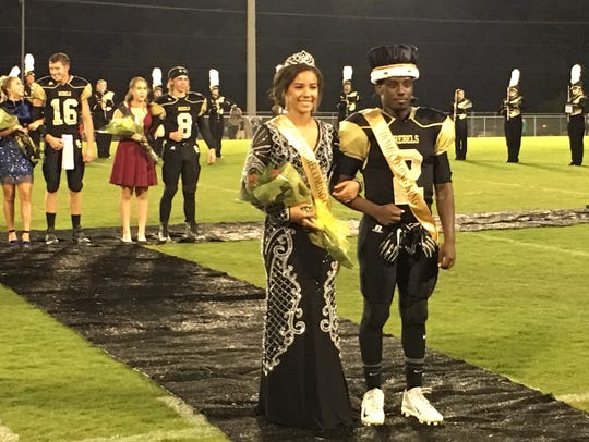 "2017 Homecoming Queen Carolyn ""Peanut"" White and Homecoming"