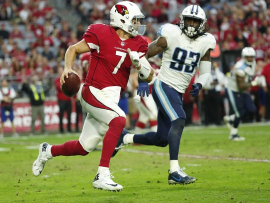 Cardinals quarterback Blaine Gabbert runs against Titans linebacker Erik Walden last week.