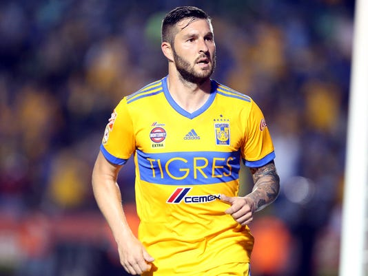 636652017050403898-Gignac-ya-no-es-intransferible-316199.JPG