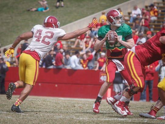 Iowa State sophomore linebacker Marcel Spears Jr. gets