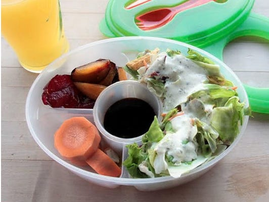 Keep your nutritious salad fresh & ready to eat on the go with this handy bowl.