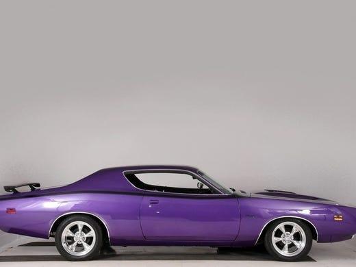 Colts' Adam Vinatieri has 1971 Dodge Charger for sale