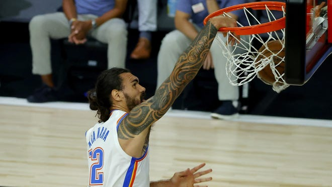 Steven Adams of the Oklahoma City Thunder dunks against the Los Angeles Lakers during the first quarter on Wednesday.