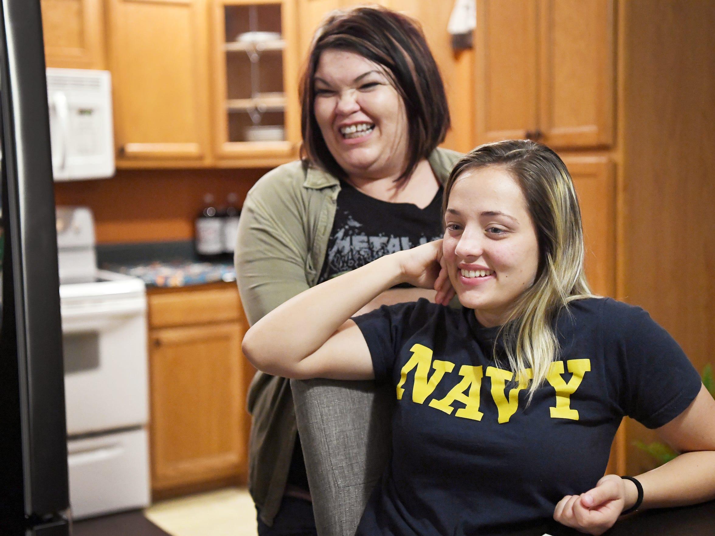 Shantel Wyatt and Mariah talk with Wyatt's daughter,