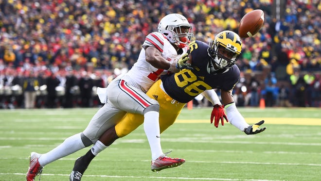 Ohio State Buckeyes cornerback Eli Apple could be a good fit for the Cincinnati Bengals in the first round of the 2016 NFL Draft.