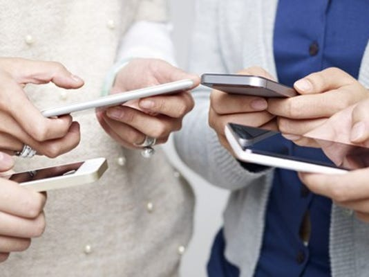 phone-users_large.jpg