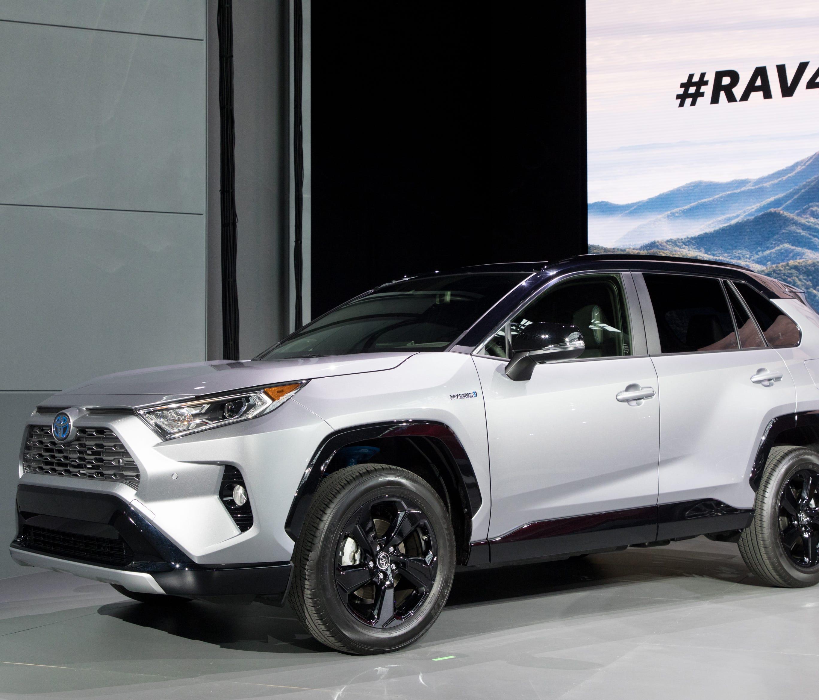 The hybrid version of Toyota's next RAV4 sports a black roof