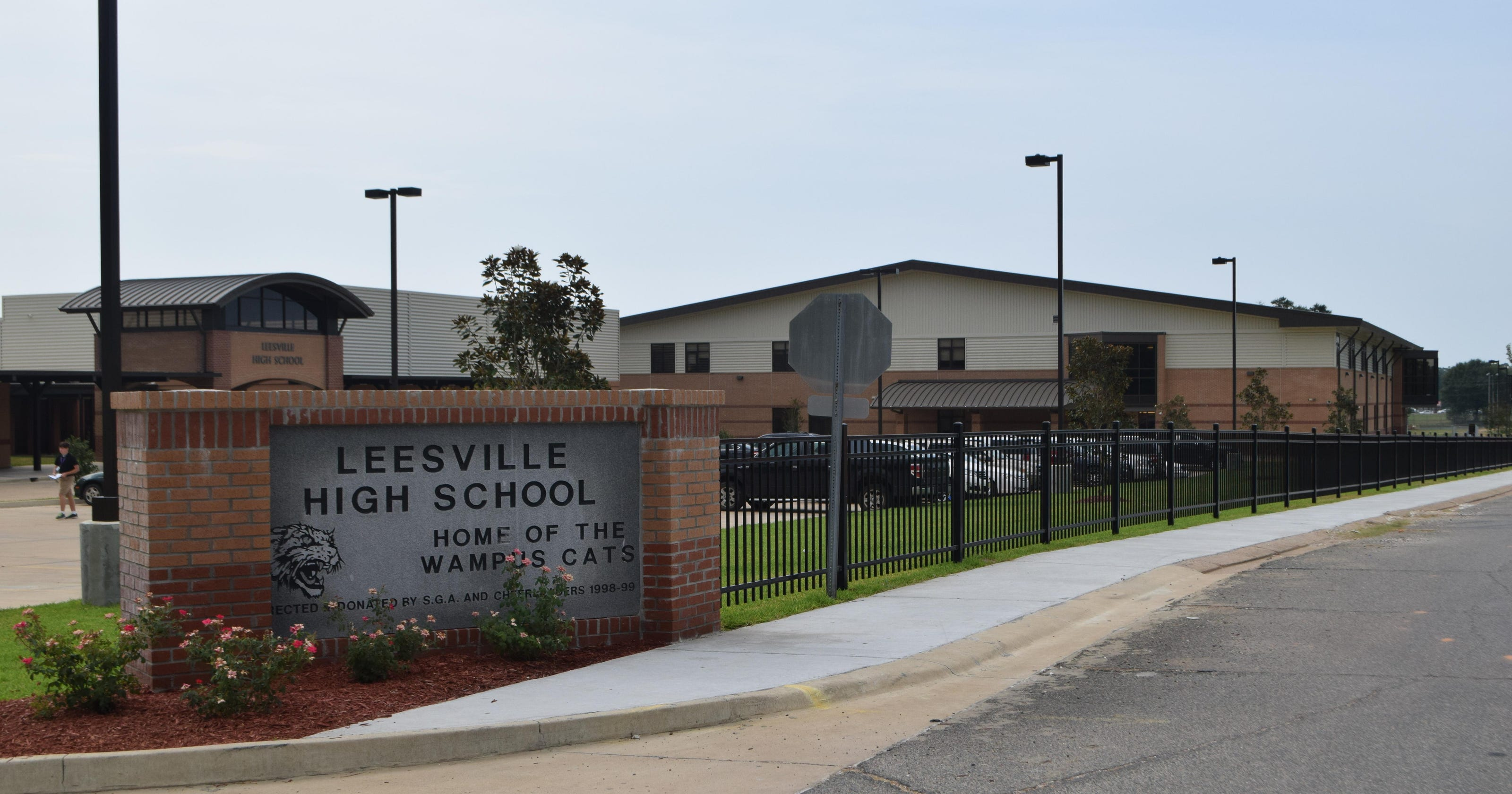 Students Return To Renovated School