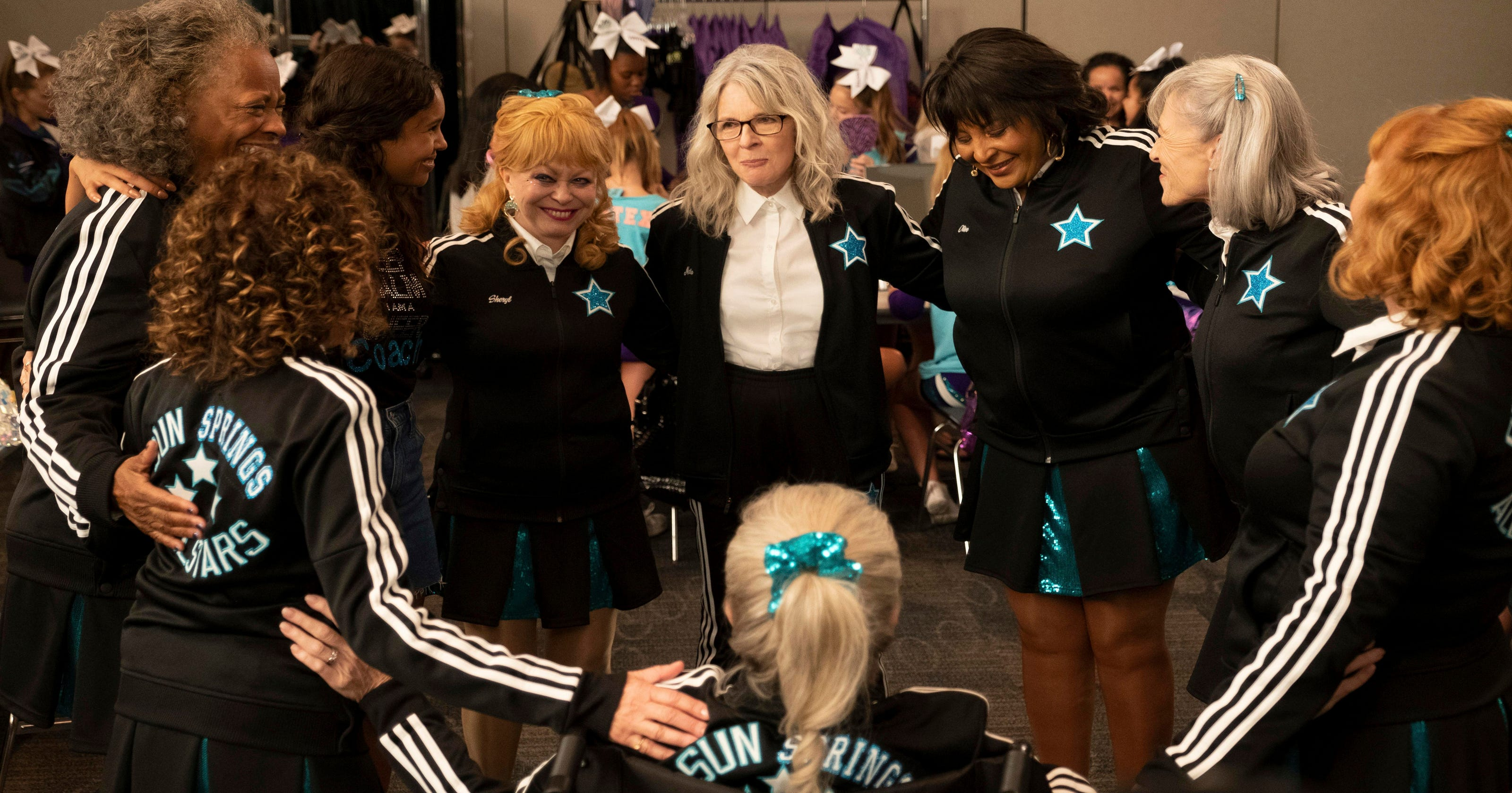 'Poms' Is Too Embarrassed Of Itself To Be Empowering