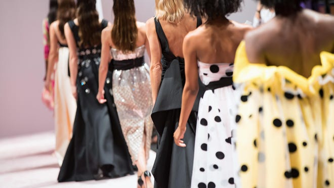Polka dots and bows were featured in the Carolina Herrera Spring 2020 Collection.