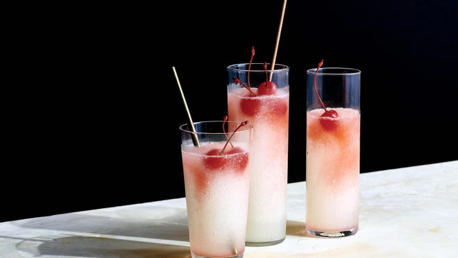 These frozen Tom Collins drinks evoke lemon ices. Food Stylist: Barrett Washburne.