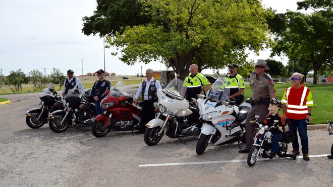 In 2019, The Blue Knights, San Angelo Police officers and DPS Sgt Justin Baker helped kick off motorcycle and bicycle awareness month at TXDoT in San Angelo. This year the COVID outbreak precluded a kickoff event.