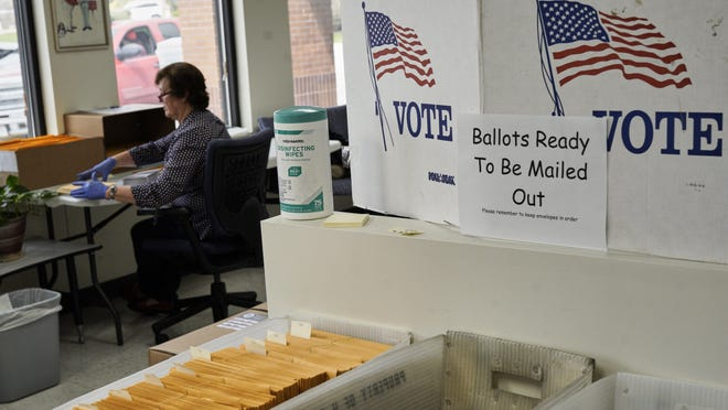 The U.S. Postal Service warned Texas election officials that some mail-in ballots for the November election might not be mailed early enough to be counted under the state's current time frames.