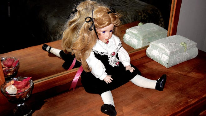 Ginny the doll is said to move her head and body with the help of the spirits. One investigator said that the doll may have been a favorite toy of a child. During an investigation the doll allegedly moved twice, without human assistance. At least 2 children of families that owned the hotel passed away.