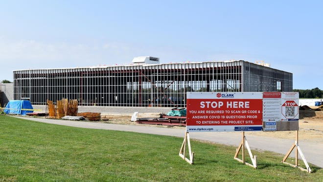 The roof on the cell block building of the new Branch County Jail waits for the mental panel walls to go up.