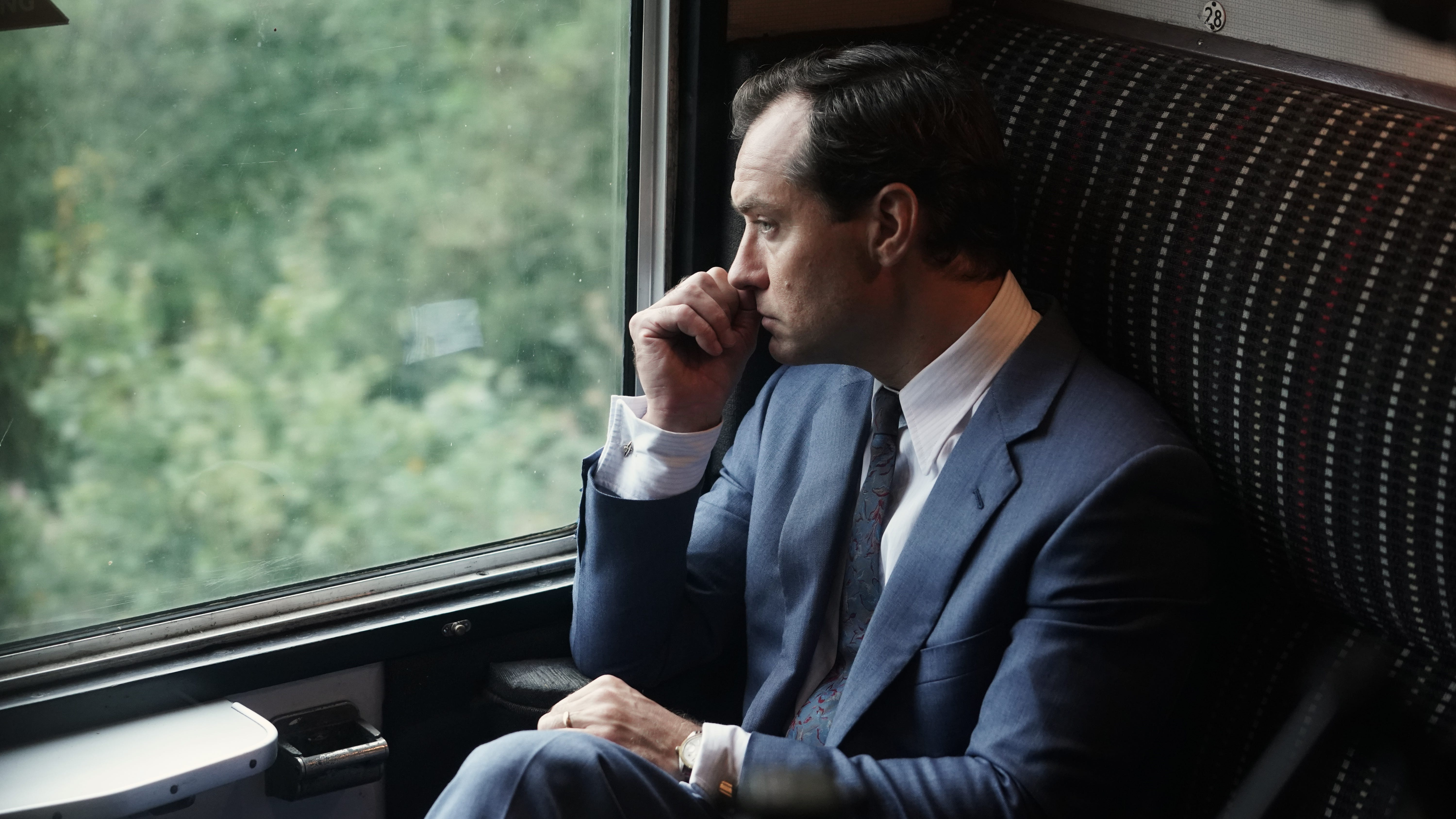 Movie review: Jude Law plays a man adrift in ambition in 'The Nest'