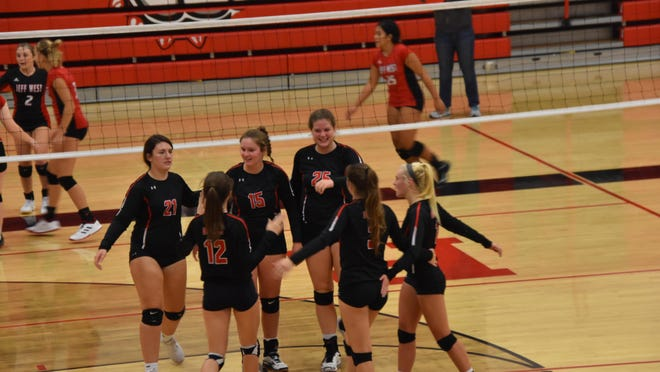 Rossville celebrates a point against Jefferson West earlier this season. The Bulldawgs went 5-1 at the Silver Lake Invitational last weekend and swept Wabaunsee on Tuesday to move to 21-5 on the season, surpassing last year's win total.