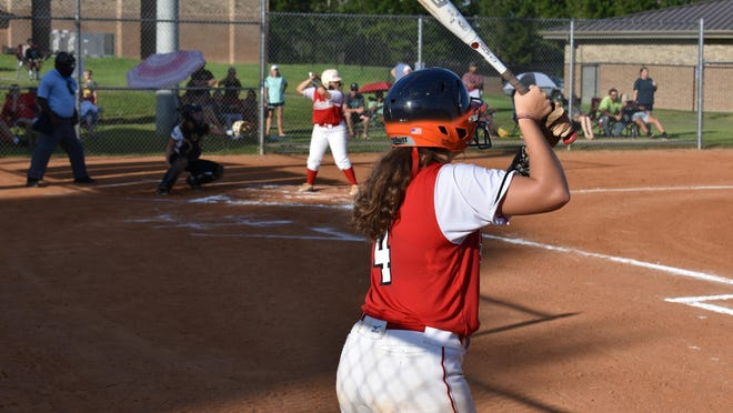 Bryan County's Hayden Joyner (24) is on deck as McKensie Bailey bats against Richmond Hill on Aug. 28 at Bryan County.