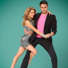 Allison Holker is Jonathan Bennett's pro on 'DWTS.'