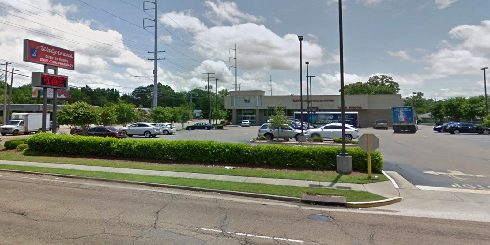 Walgreens sued over safety of parking lot