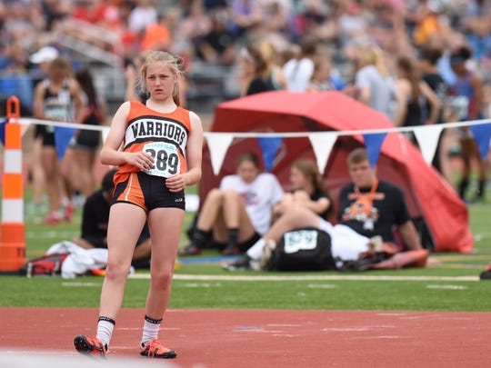 Washington's Aubrey Miedema prepares to  compete in