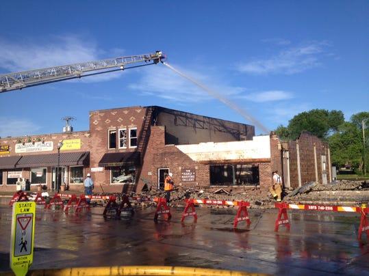 DCA 0702 Steel Bridge Cafe fire 2.jpg