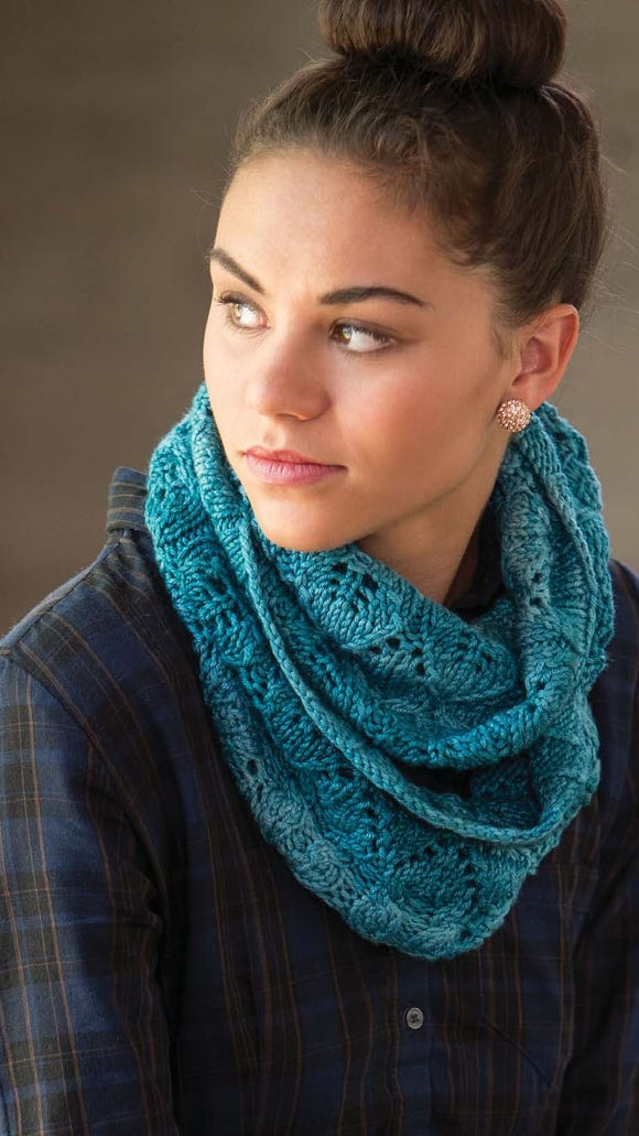 The Safe Harbor Cowl has one of the most beautiful lace leaves patterns I've ever seen.
