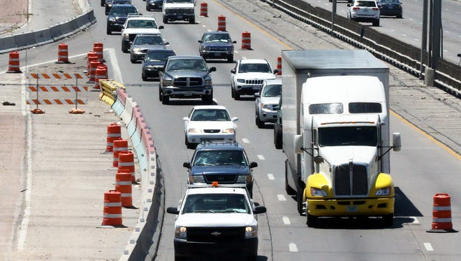 Drivers make their way along Interstate 10 West during a past lane closure between the Executive Center overpass and the old Buena Vista Bridge.