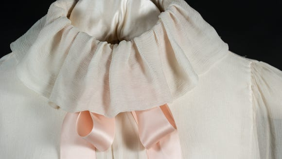 The pale pink Emanuel blouse rPrincess Diana wore for