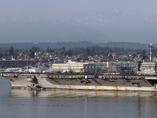 The USS Nimitz returns to Bremerton from a a deployment