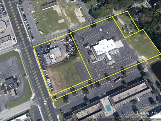 A real estate aerial photo of the three properties acquired by used car seller CarMax in the 1800 block of North Salisbury Boulevard.