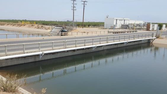 On Monday morning, motorists called 911 after witnessing a truck crash into a bridge, landing in the Friant Kern Canal.