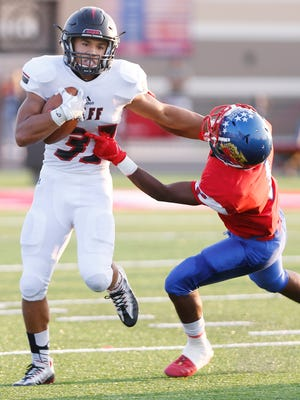Marquis Munoz averaged 6.9 yards per carry, helping Lafayette Jeff win the North Central Conference title last season.