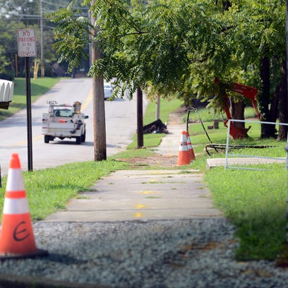 The city is planning improvements to Lambuth Boulevard. Plans call for new sidewalks, an added bike lane and a repaved road. Jackson Mayor Jerry Gist said that the school will stencil in 'UM's and tiger paw prints on the road near the University of Memphis at Lambuth campus.