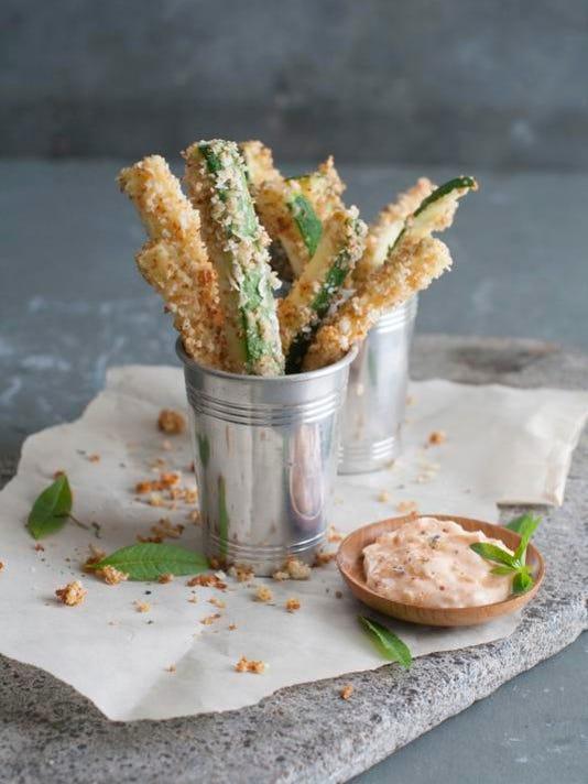 Food Healthy Zucchini Fries (3)