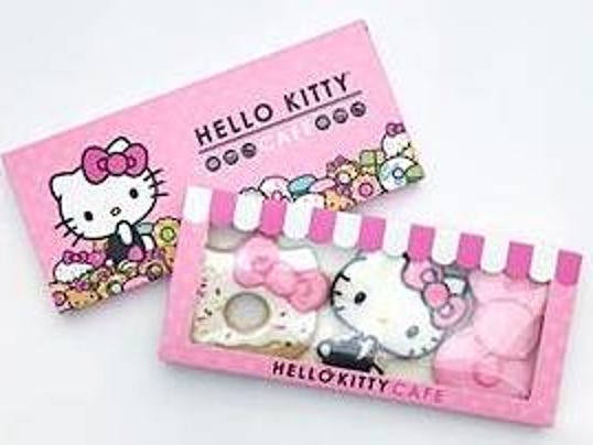 636348645057630830-Hello-Kitty-cookies.jpeg