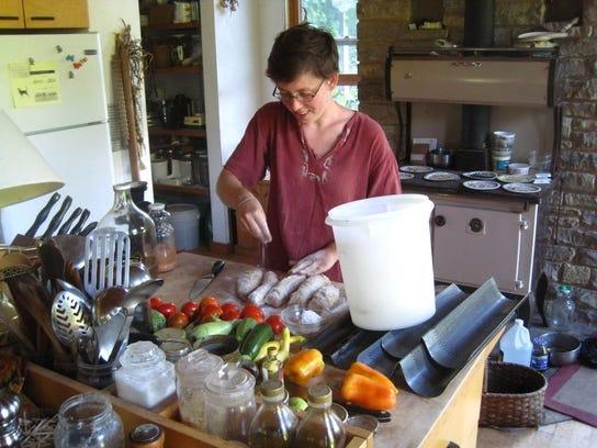 Elizabeth Makarewicz will teach students to make whole