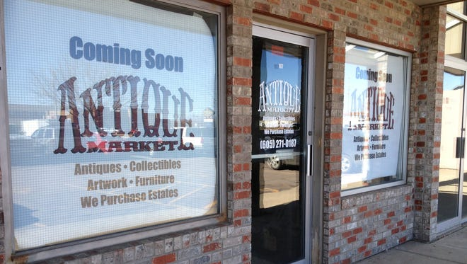 Antique Market at 945 S. Marion Road will open for business April 2.