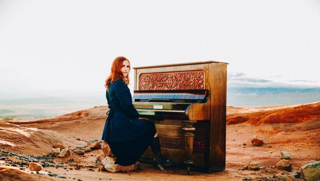 Musician Robyn Cage is set to perform at Sacred Grounds at 7:15 p.m. Saturday.