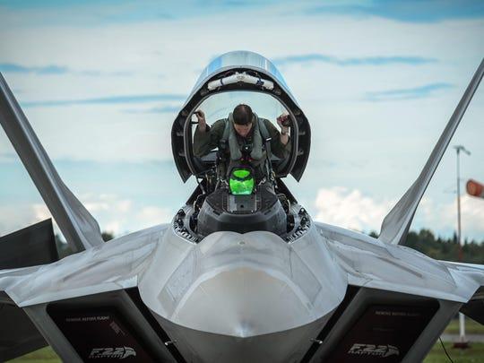 F-22 Raptors stationed in Estonia