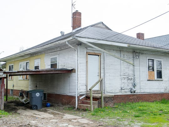 627 S. Fares Ave in Evansville, Ind. is one of roughly 60 properties that once belonged to Donald Kissel.
