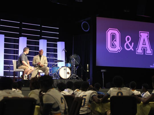 City Church pastor Dean Inserra and former Miami Hurricanes linebacker Bernard Clark built an unlikely friendship while Inserra was a student at Liberty University and Clark was a coach. Clark spoke Friday night at City Church's Team Tallahassee event.