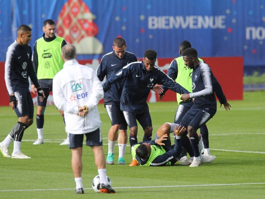 Russia_Soccer_WCup_France_97533.jpg