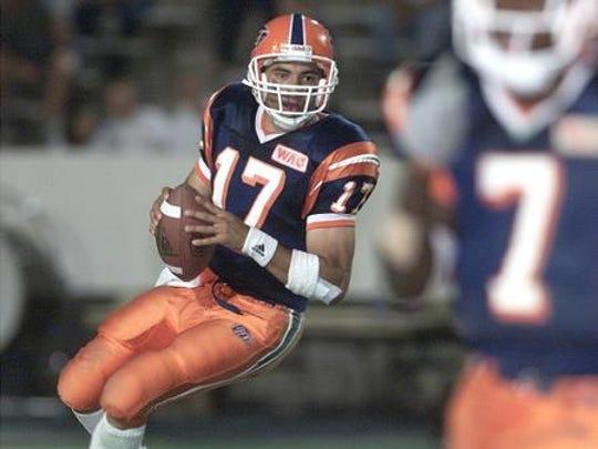 Rocky Perez was the quarterback for UTEP in 2000.