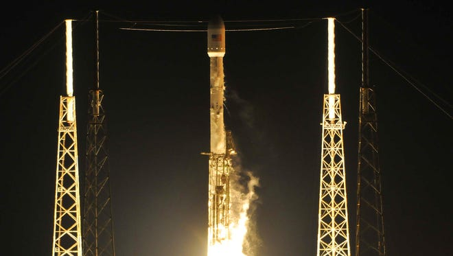 SpaceX's Falcon 9 rocket lifts off from Cape Canaveral Air Force Station's Launch Complex 40 on Friday, May 6, 2016.