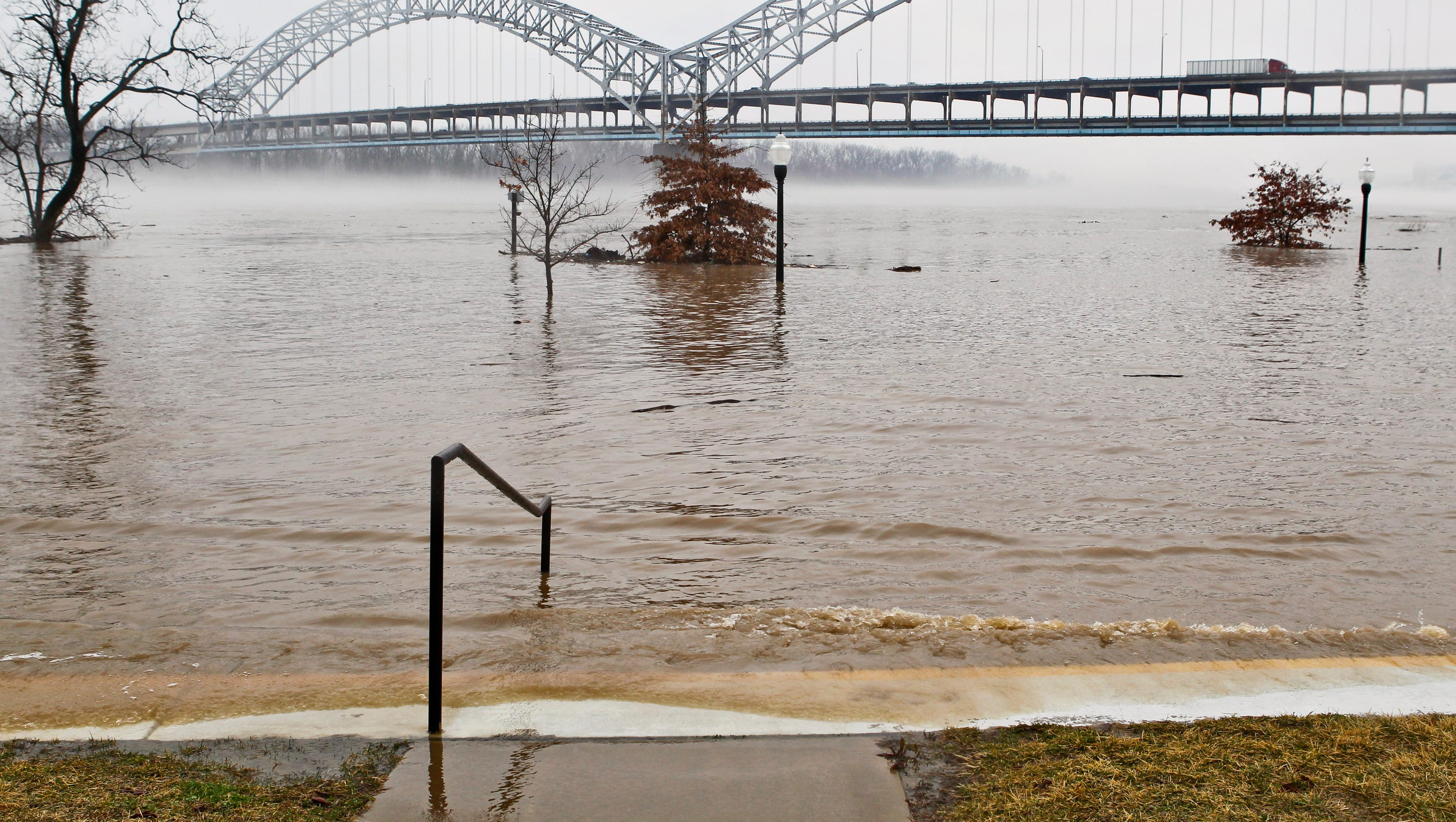 List Road Closings Due To Ohio River Flooding