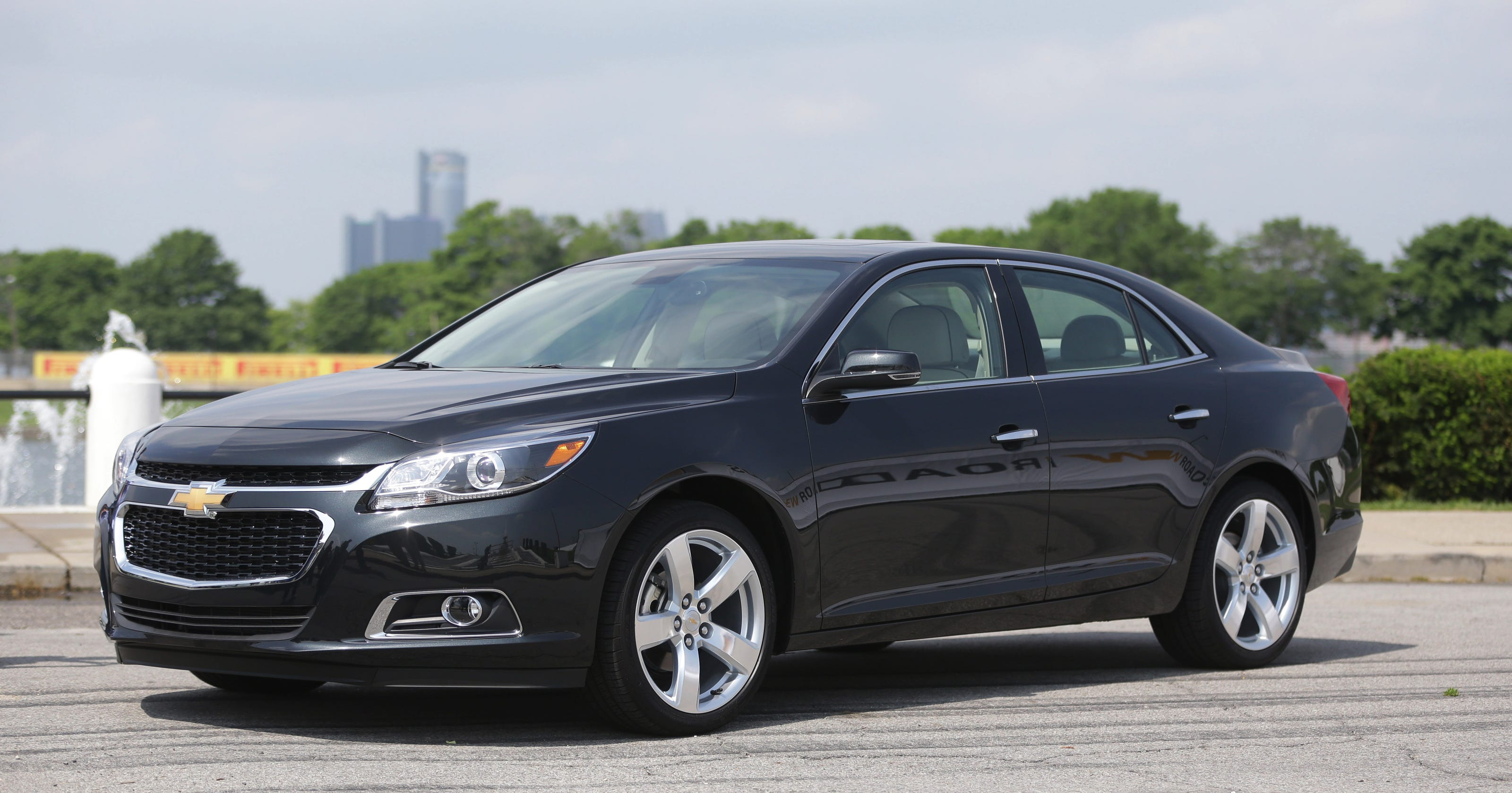GM recalls Chevy Malibus to fix sunroof control issue